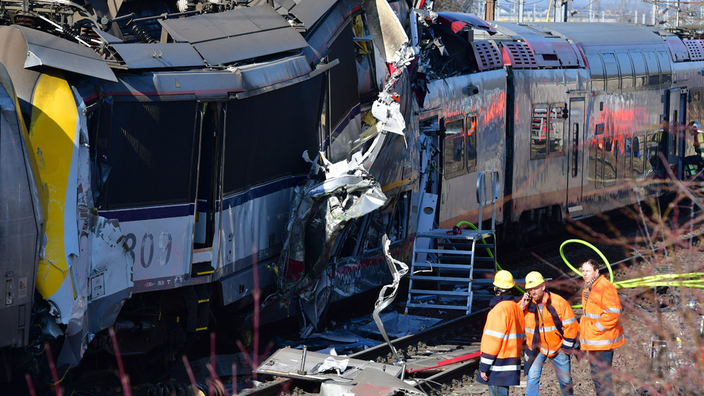One dead, several hurt in Luxembourg train crash