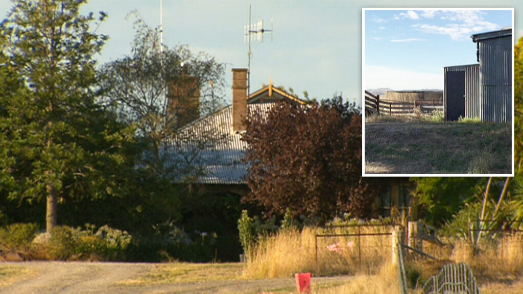 Three family members have been found dead inside a water tank at a property in rural NSW. (9NEWS)
