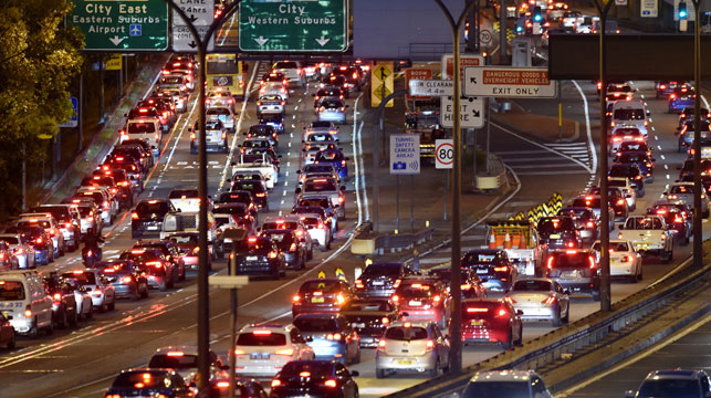 Sydney drivers spend four weeks a year in traffic: report