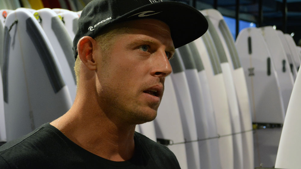 Mick Fanning will return to the surfing world tour. (AAP)