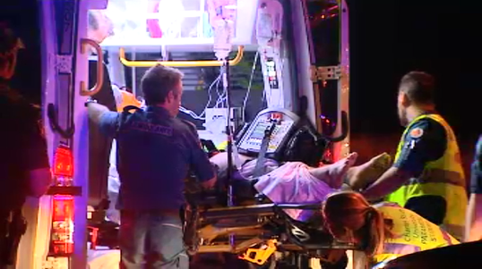 The crash happened in Carrara about 10pm. (9NEWS)