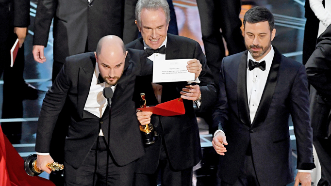 How did the Oscars mix-up happen?