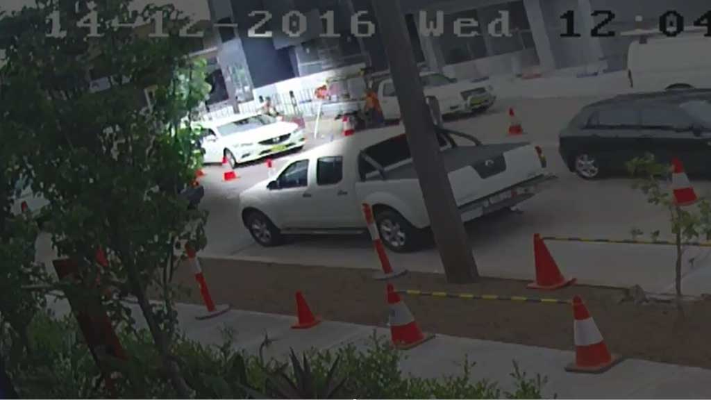 Man attacked, robbed and thrown from car in Sydney Gumtree scam