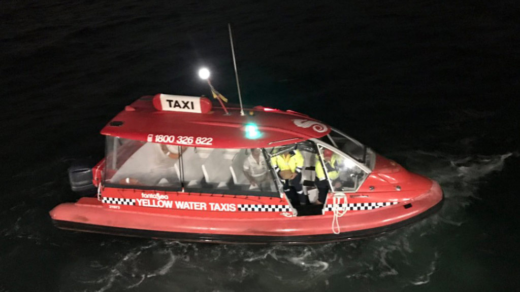A water taxi was called in to help. (Twitter)