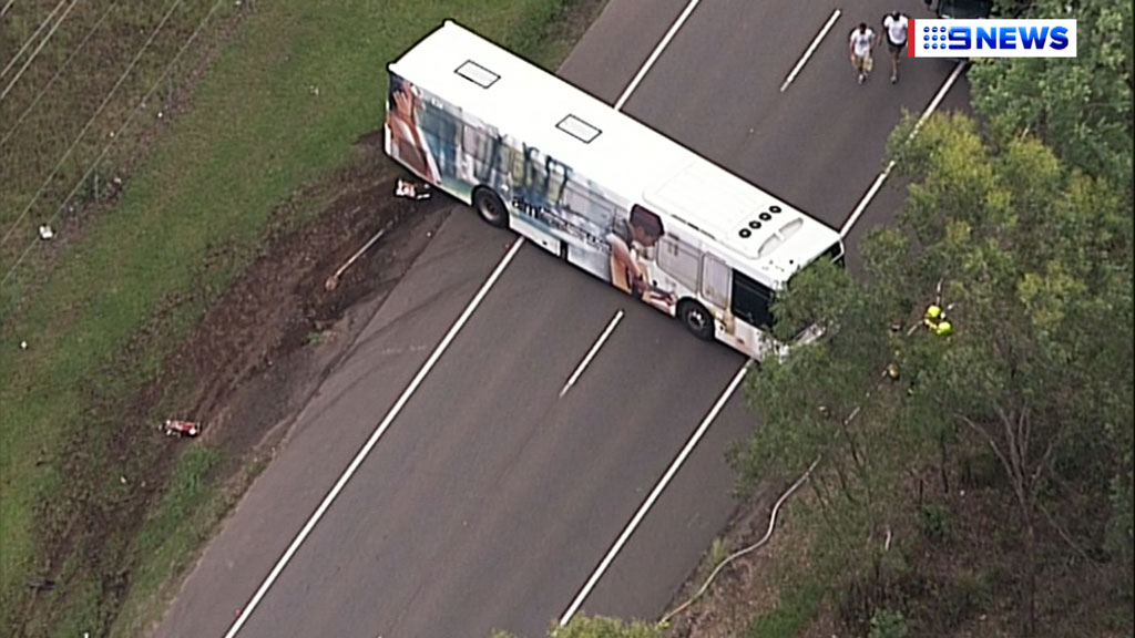 The bus was transporting children to school. (9NEWS)