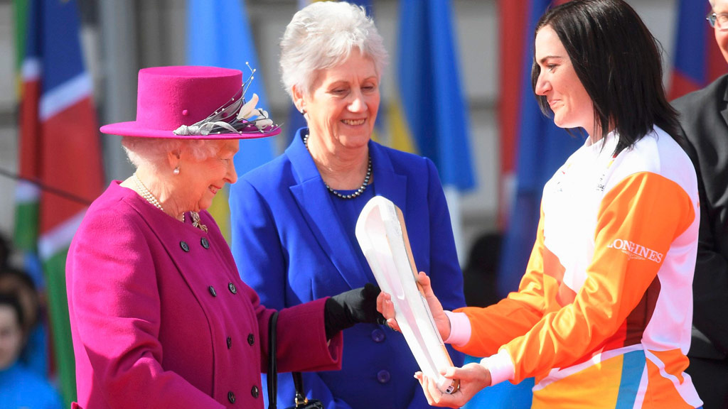 Queen Elizabeth II with Anna Meares at the launch of the Baton Relay at Buckingham Palace last week. (AAP)