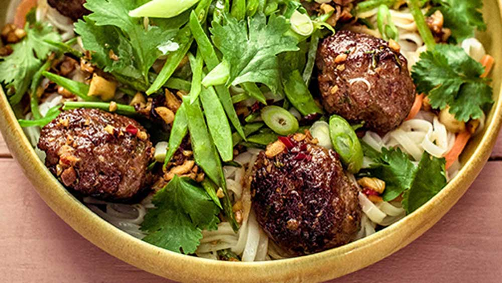 Sticky pork meatballs