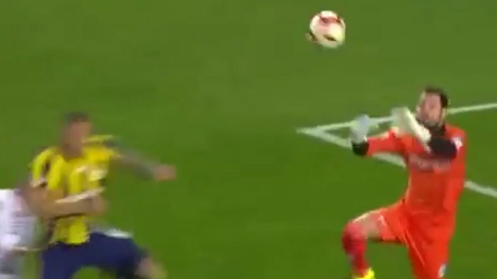 Brazilian footballer Fernandao suffers sickening arm injury in Turkish league