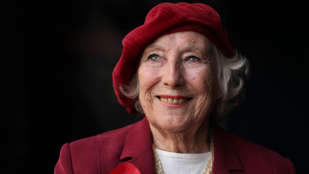 Vera Lynn turns 100 with stunning White Cliffs of Dover tribute