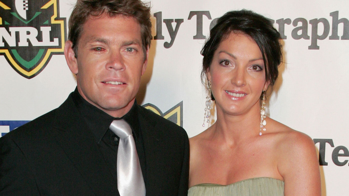Brett Kimmorley with wife Sharnie at the 2009 Dally M Awards.