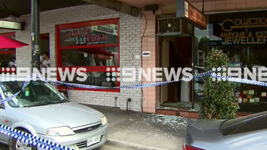 Another Melbourne jewellery store targeted by brazen thieves