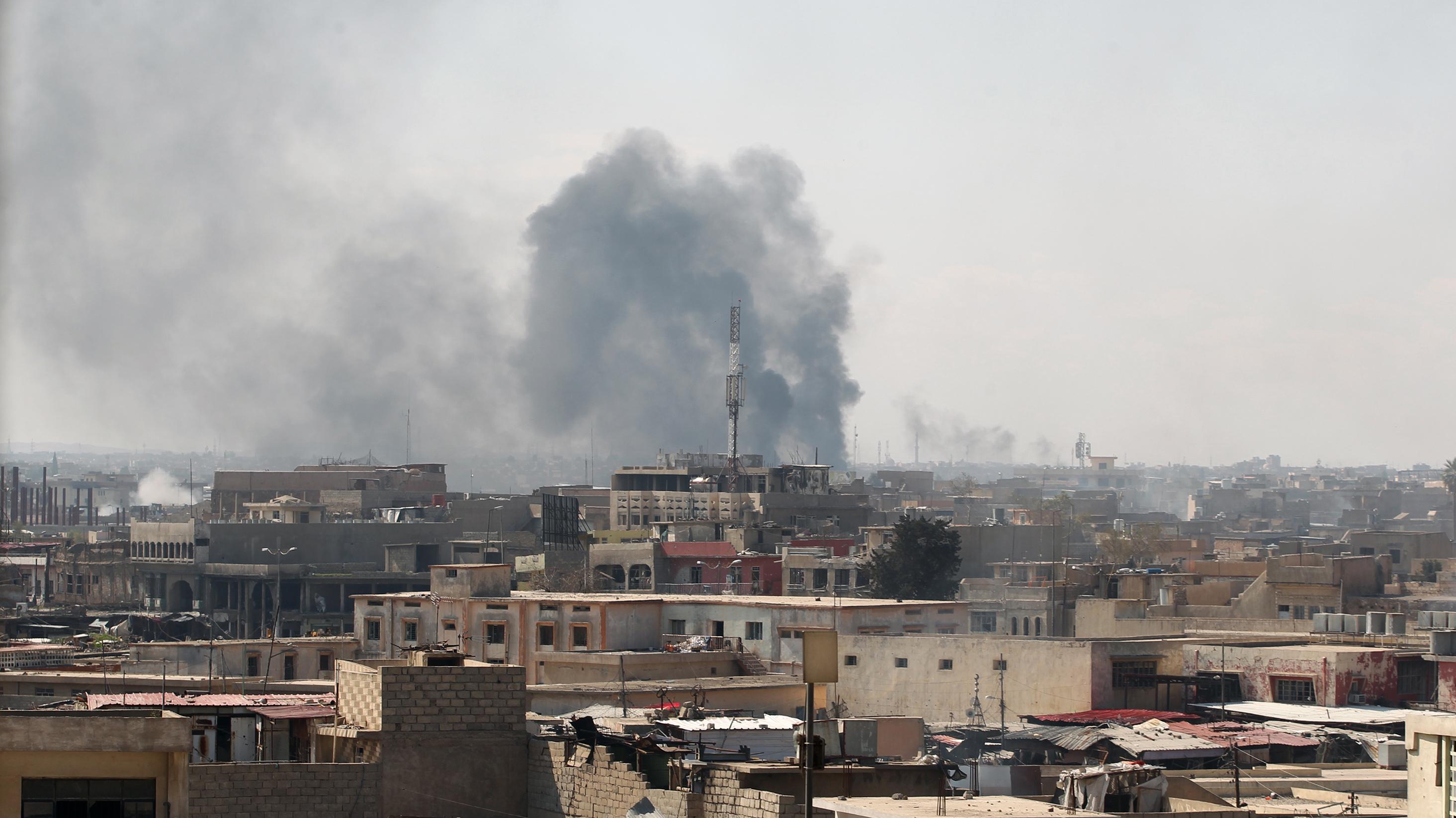 Mosul air strikes kill dozens of civilians: Iraqi officials