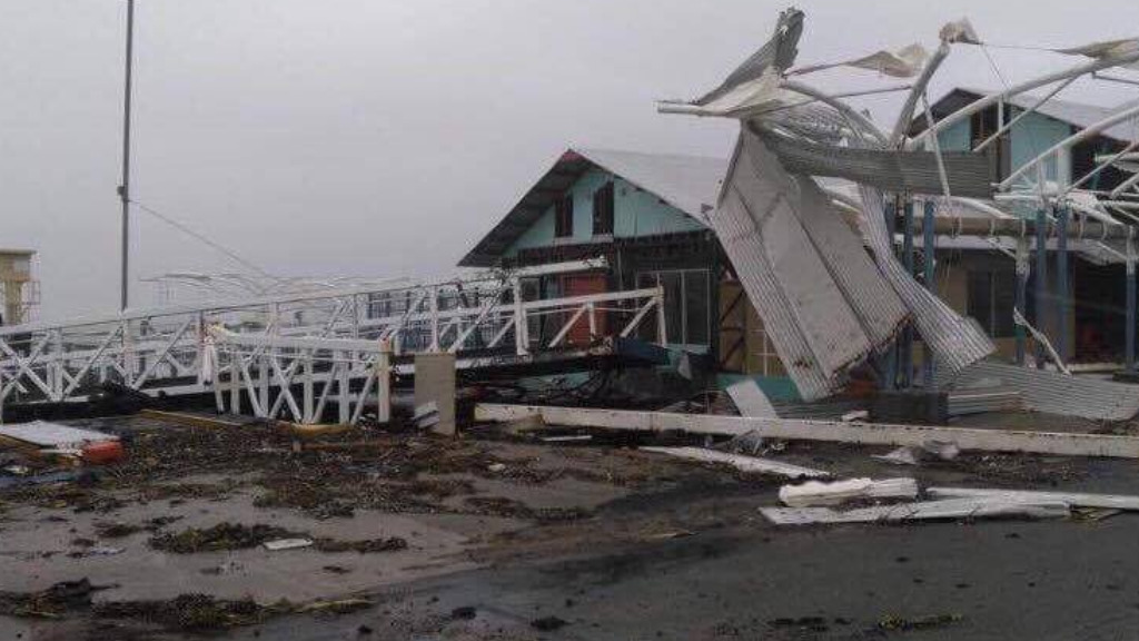 Storm damage in Shute Harbour, near Airlie Beach. (9NEWS)