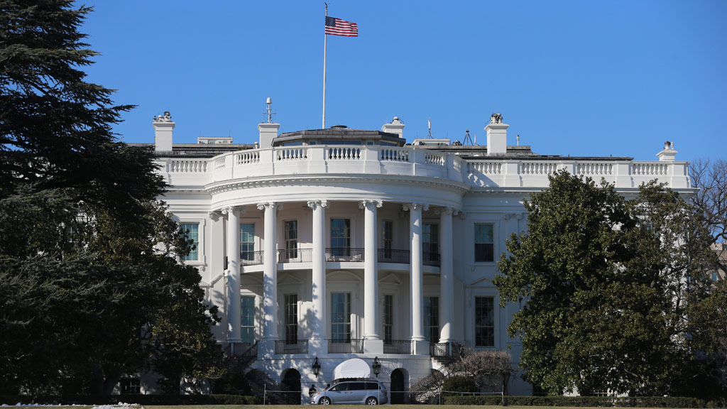 White House put into lockdown after man made 'suspicious comments'