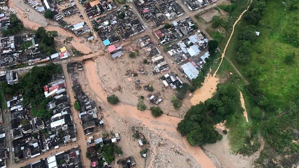 At least 100 children among 314 killed in Colombia mudslide