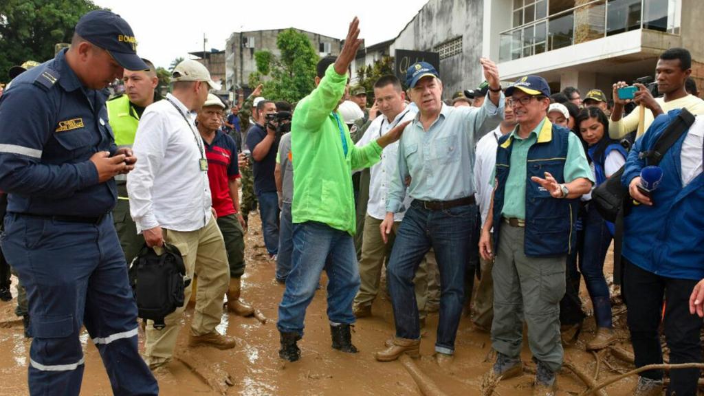 President Juan Manuel Santos visits landslide-struck Mocoa. (AFP)