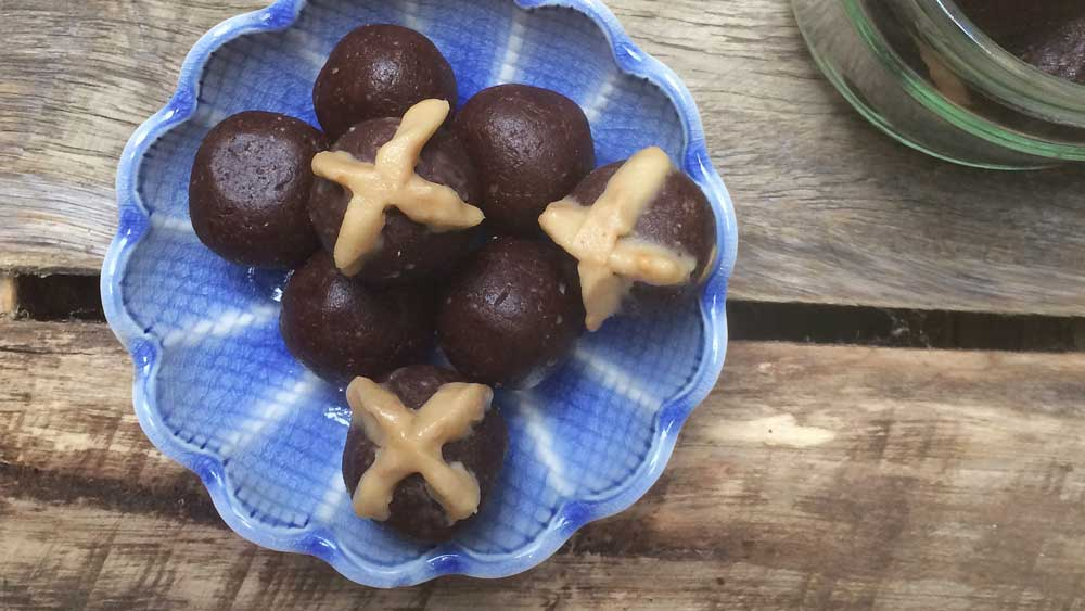 The Inspired Table's hot cross chocolate bliss balls for Isowhey_thumbnail