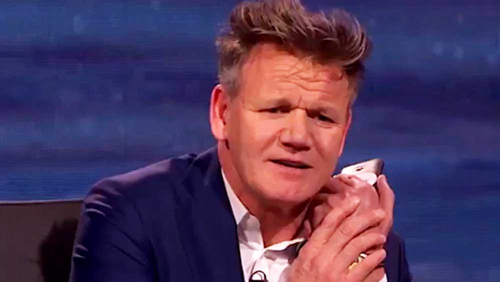 Gordon Ramsay weighs in on pineapple pizza debate