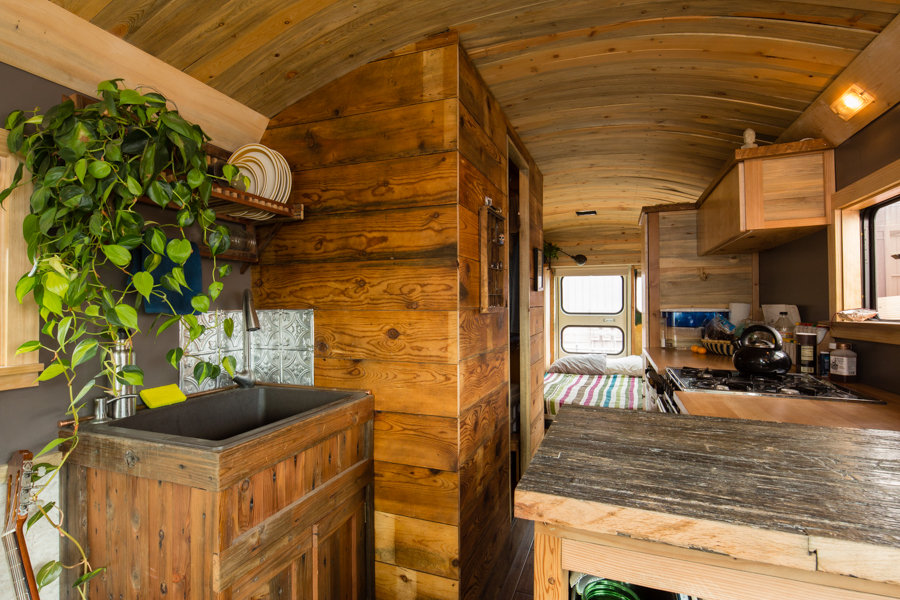 Man Transforms School Bus Into Home On Wheels 9homes