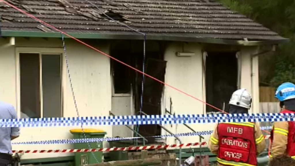 Body found after fire tears through apartment in Melbourne