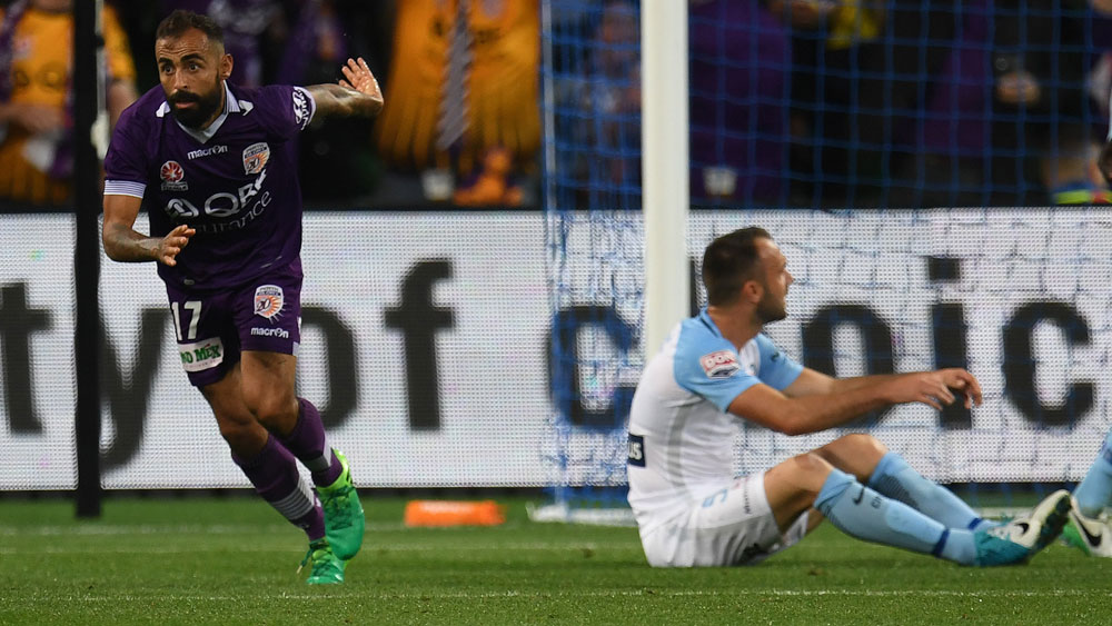 Perth Glory's Diego Castro embarrasses Melbourne City in elimination A-League final