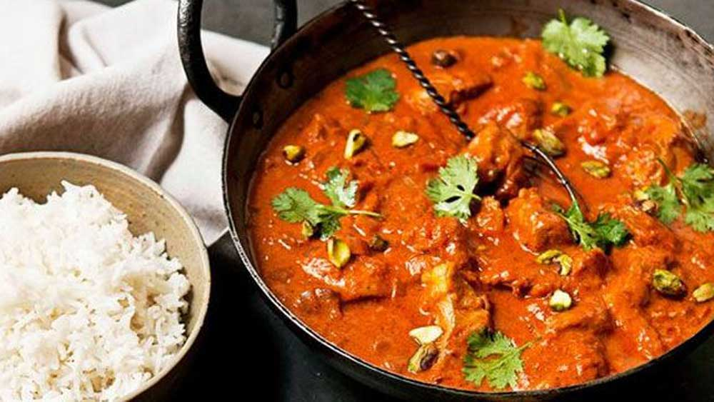 <strong>Zingy butter chicken curry</strong>