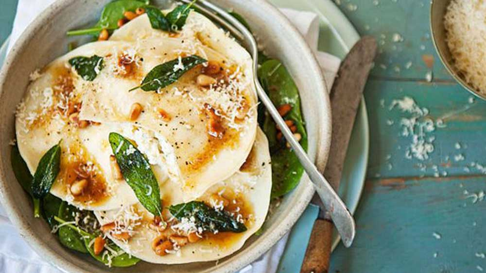 """<a href=""""http://kitchen.nine.com.au/2016/05/13/12/58/three-cheese-ravioli-with-beurre-noisette"""" target=""""_top"""">Three cheese ravioli with beurre noisette</a> recipe"""