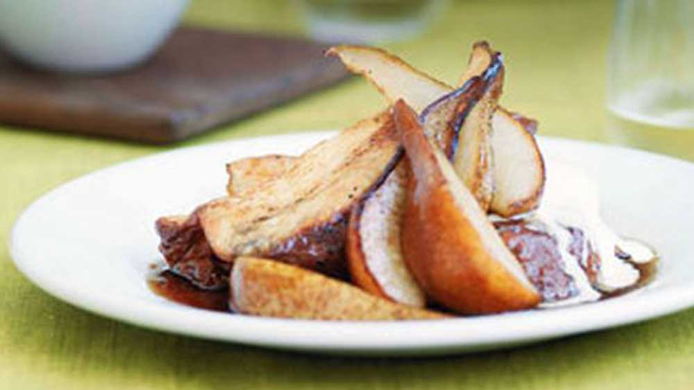 French toast with pears and pomegranate