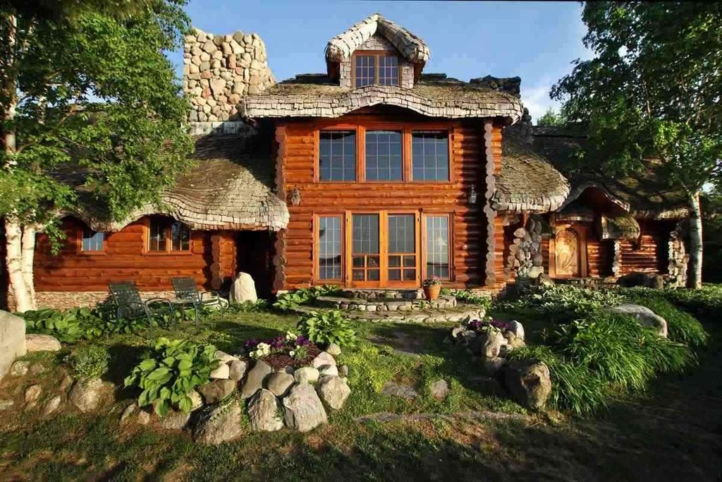 Hobbit Inspired House For Sale 9homes