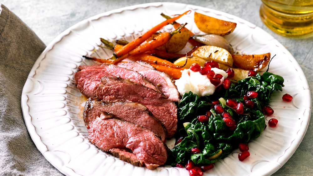 "<strong><a href=""http://kitchen.nine.com.au/2017/05/12/14/26/pomegranate-glazed-lamb-rump"" target=""_top"" draggable=""false"">Pomegranate glazed lamb rump</a></strong>"