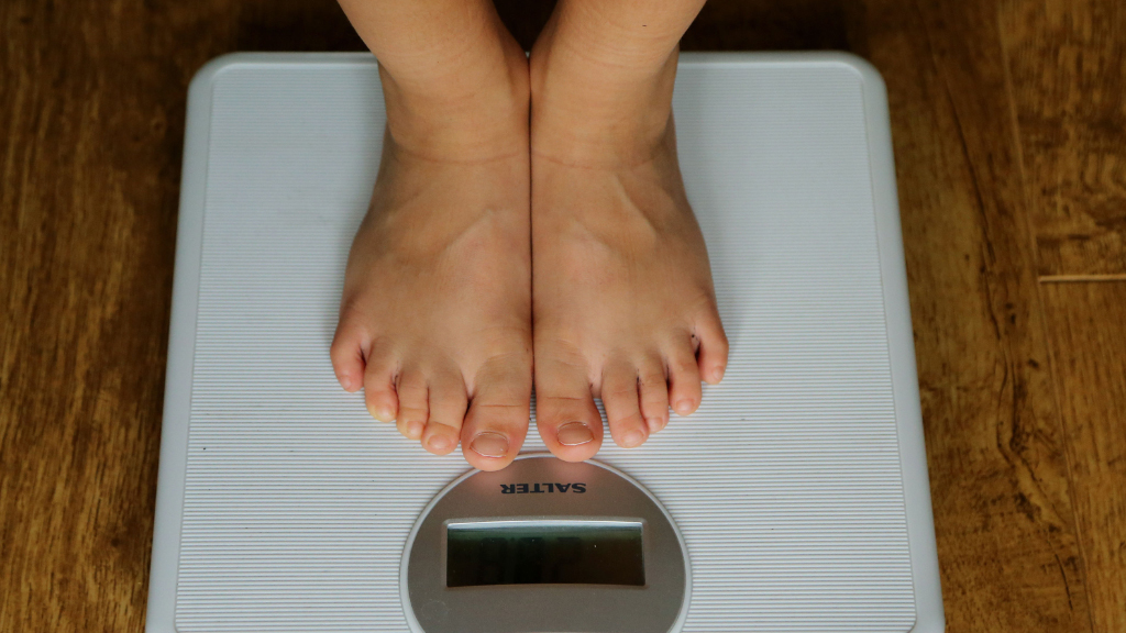 Surgery 'should be option for obese kids'