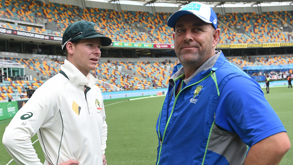 Steve Smith (l) and Darren Lehmann.