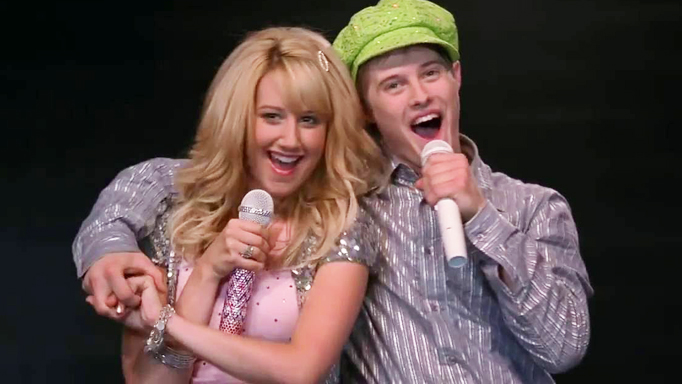 Two High School Musical stars reunite for an epic sing-song