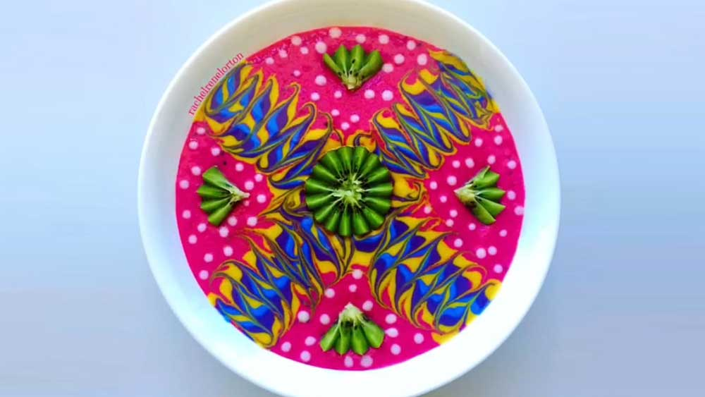 Instagram sensation @rachelrenelorton's amazing smoothie bowl art
