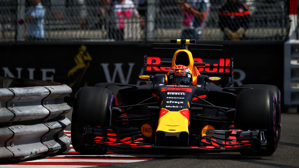 Near miss for Max Verstappen at Monaco GP
