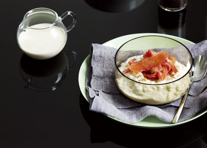 "<a href=""http://kitchen.nine.com.au/2016/05/17/11/28/breakfast-risotto-with-poached-rhubarb"" target=""_top"">Breakfast risotto with poached rhubarb</a>"