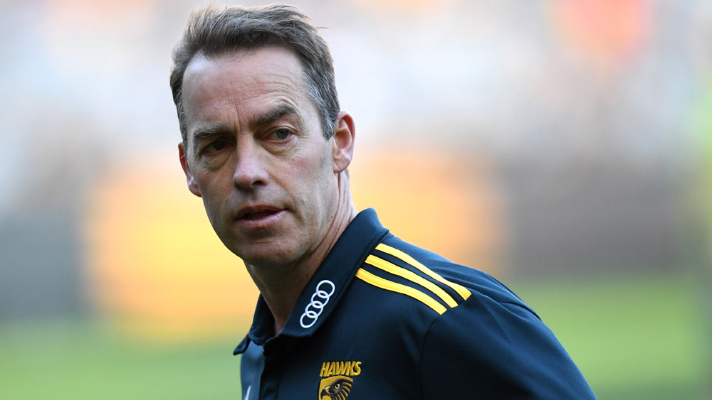 "Hawthorn Hawks coach Alastair Clarkson sorry for AFL ""disgraceful umpiring"" comments"