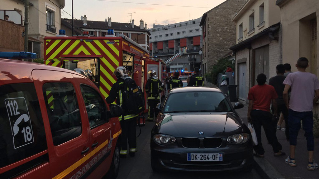 Petrol bomb thrown into Paris restaurant injures 12