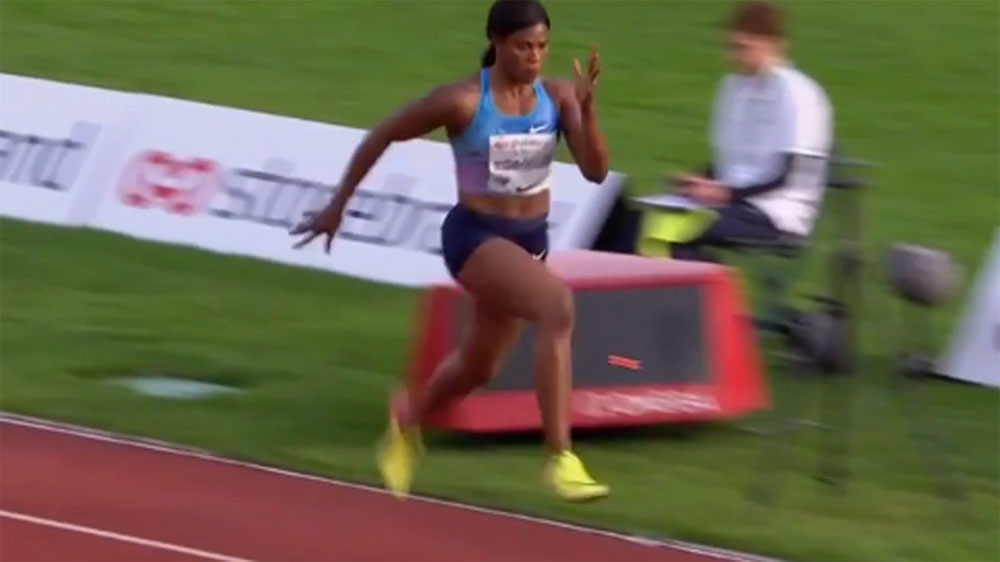 Blessing Okagbare's wig falls off during Long Jump event