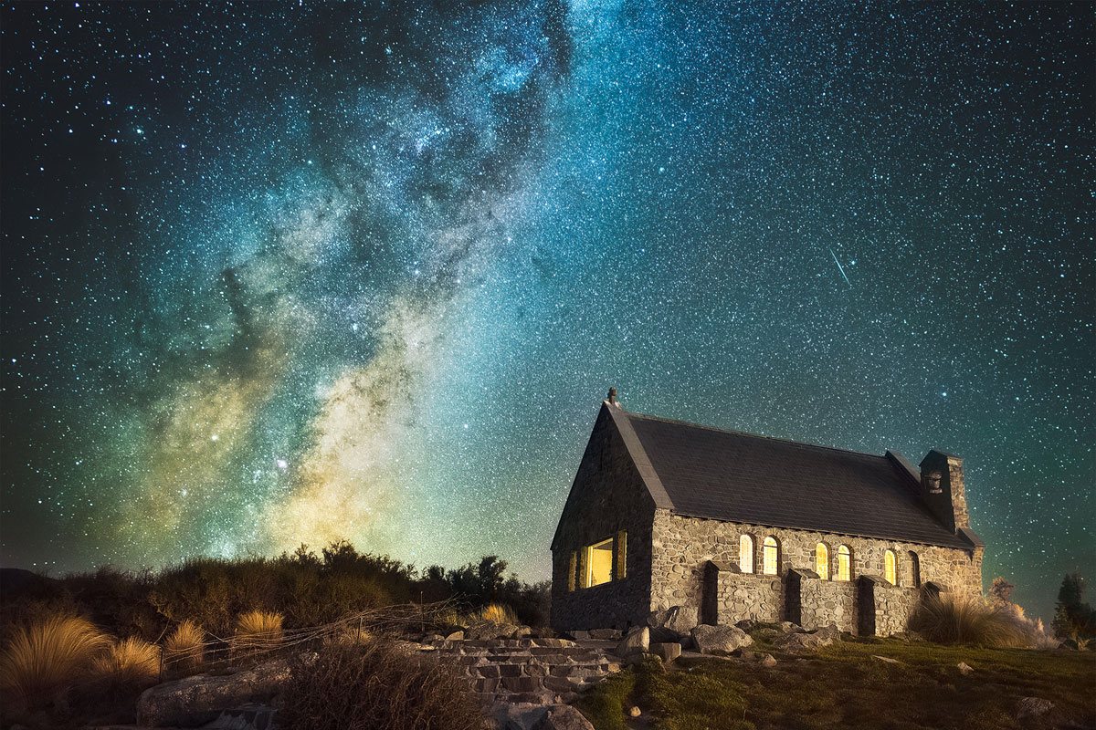 Tourist Captures Stunning Shots Of Milky Way Galaxy From