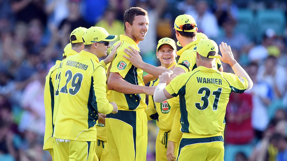 Cricket Australia revises pay offer to resolve impasse with players