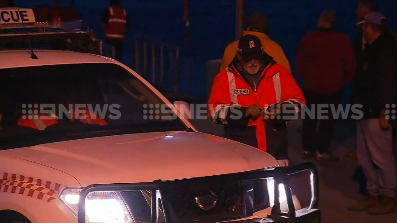 Police and SES launched a searched for the missing angler. (9NEWS)