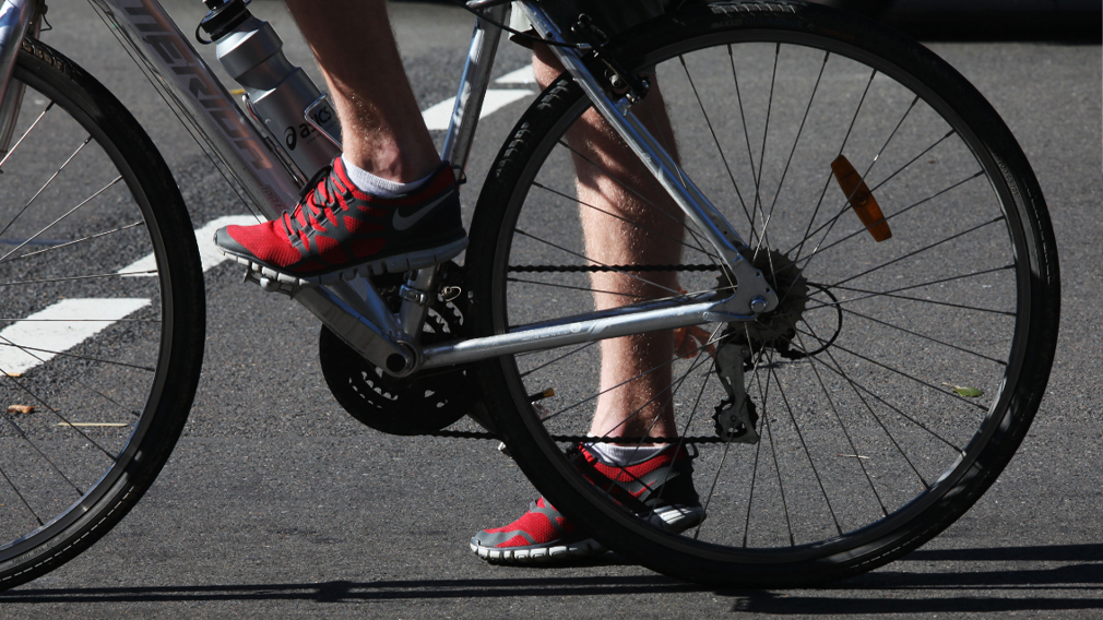 Cyclists want Melbourne CBD speed limit capped at 30km/h