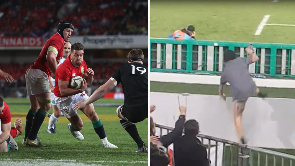 Naked man performs victory streak following New Zealand All Blacks' win over British and Irish Lions