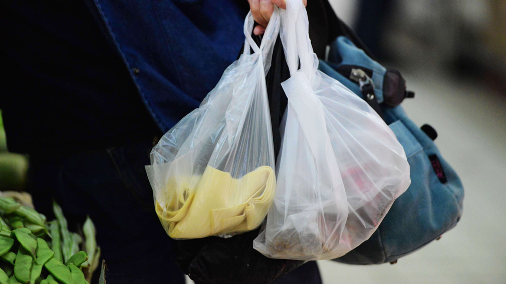 Push for plastic bag ban in WA by 2019