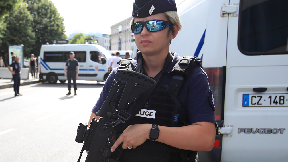 Paris police. (AAP file)