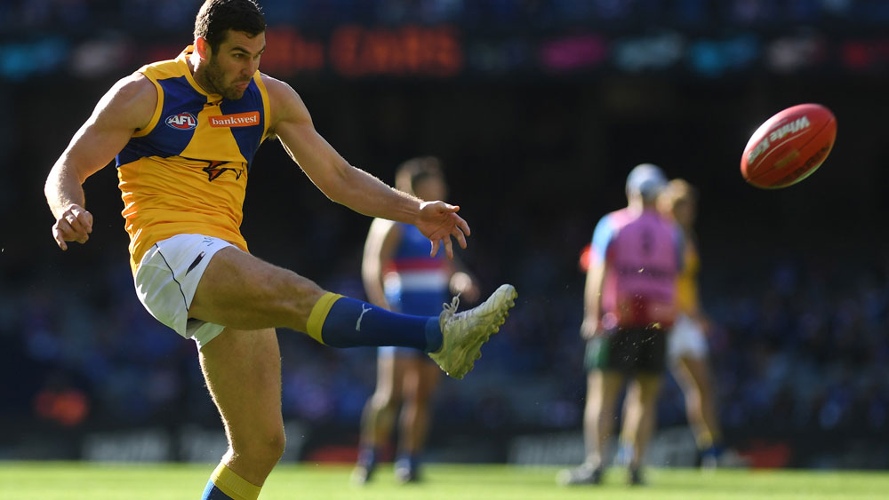 Eagles hold on for big AFL win over 'Dogs