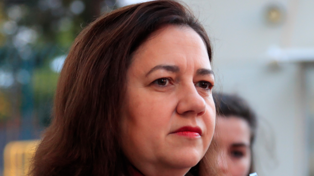 Palaszczuk bids for multi-billion dollar defence force contract