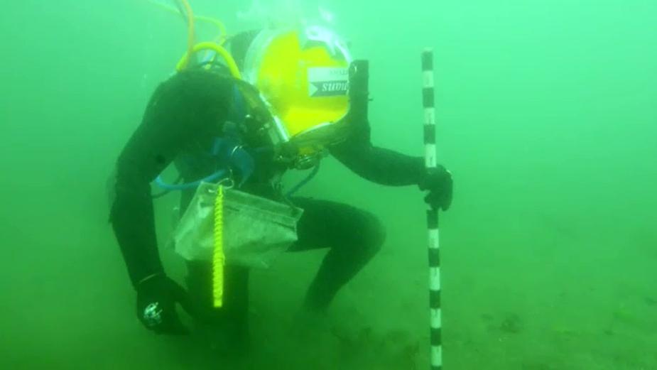Researchers explore what lies beneath. (9NEWS)