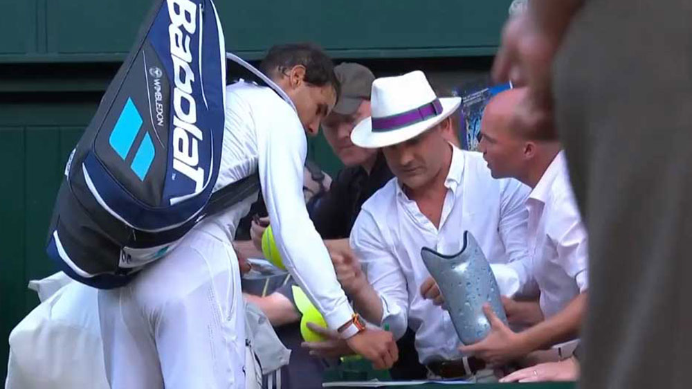 Nadal secures another easy Wimbledon win